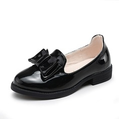 Girl's Patent Leather Flat Heel Closed Toe Flats With Bowknot