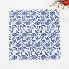 Flower Pattern Dinner Napkins  (122039508)