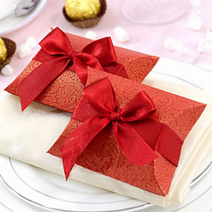 Classic Pillow Favor Boxes With Ribbons
