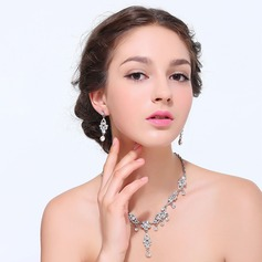 Classic Alloy With Rhinestone Ladies' Jewelry Sets