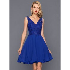 A-Line/Princess V-neck Knee-Length Chiffon Cocktail Dress With Sequins (016146673)