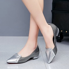 Women's Leatherette Chunky Heel Pumps With Rivet shoes