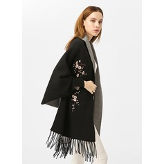 Floral Oversized/Cold weather Artificial Wool Poncho (204170792)