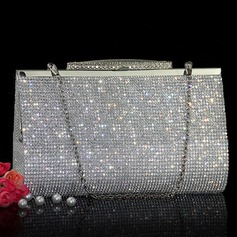 Charming Crystal/ Rhinestone Clutches/Wristlets (012110918)