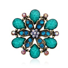 Fashional Alloy Rhinestones Resin Ladies' Fashion Brooches (Sold in a single piece)