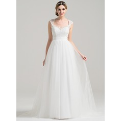 A-Line/Princess Sweetheart Court Train Tulle Lace Wedding Dress With Ruffle