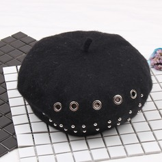 Ladies' Vintage Wool With Rivet Beret Hat