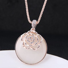 Fashional Alloy Rhinestones Ladies' Fashion Necklace