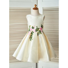 A-Line/Princess Knee-length Flower Girl Dress - Satin Sleeveless Scoop Neck With Appliques/Back Hole