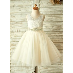 A-Line/Princess Knee-length Flower Girl Dress - Tulle/Lace Sleeveless With Appliques/Bow(s)/Rhinestone (010104939)