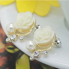 Beautiful Alloy Resin With Imitation Pearl Ladies' Fashion Earrings