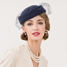 Dames Wijnoogst Wol met Tule Fascinators