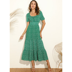 PolkaDot Square Neck Short Sleeves Midi Dresses (293250583)
