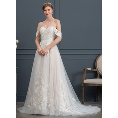 Ball-Gown Sweetheart Sweep Train Tulle Wedding Dress