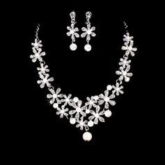 Flower Shaped Alloy/Rhinestones With Pearl Women's Jewelry Sets