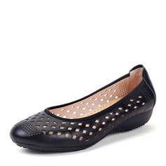 Women's Real Leather Flat Heel Flats Closed Toe With Hollow-out shoes (086166873)
