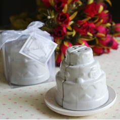 Cake shaped Ceramic Salt & Pepper Shakers