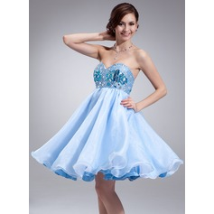 Empire Sweetheart Knee-Length Organza Homecoming Dress With Beading
