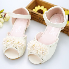 Girl's Peep Toe Microfiber Leather Flat Heel Sandals Flower Girl Shoes With Beading Velcro Flower Hollow-out (207154399)