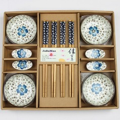 Pretty Sakura Design Ceramic/Bamboo Cutlery set