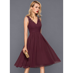 V-neck Knee-Length Chiffon Cocktail Dress (270214062)