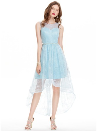 A-Line/Princess Scoop Neck Asymmetrical Lace Prom Dress With Beading