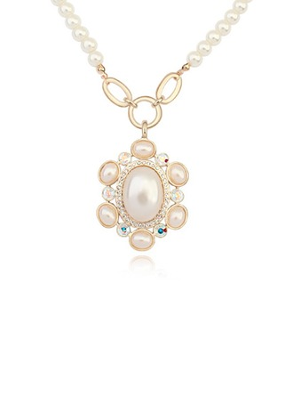 Ladies' Luxurious Shell Necklaces For Bride/For Bridesmaid/For Friends