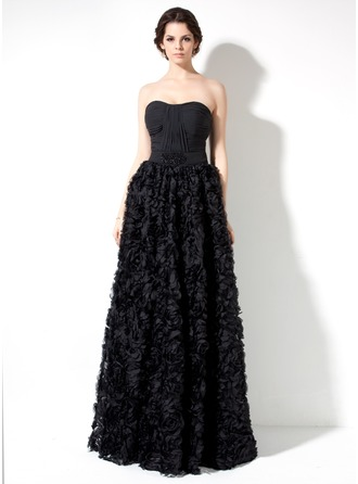 A-Line/Princess Sweetheart Floor-Length Lace Prom Dress With Ruffle Beading Flower(s)