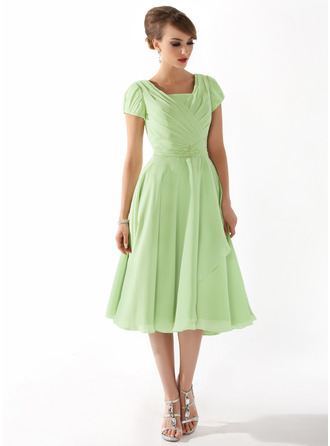 Square Neckline Knee-Length Chiffon Mother of the Bride Dress With Ruffle Beading