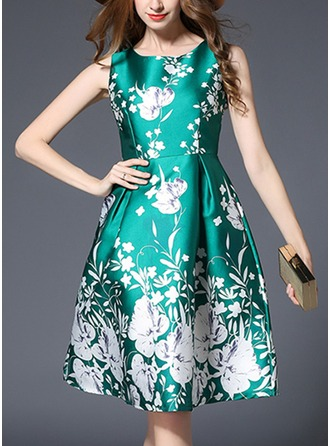 Polyester With Print/Crumple Knee Length Dress