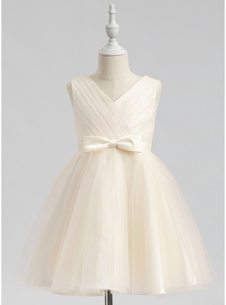 Knee-length Flower Girl Dress - Sleeveless V-neck With Bow(s)