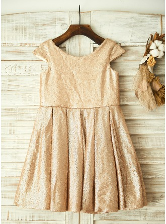 A-Line/Princess Knee-length Flower Girl Dress - Sequined Short Sleeves Scoop Neck With Sequins