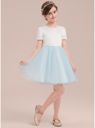 Knee-length Flower Girl Dress - Satin Tulle Short Sleeves Scoop Neck With Bow(s)