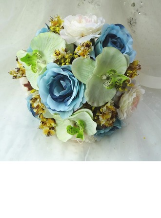 Attractive Hand-tied Cloth Bridal Bouquets