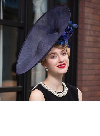 Ladies' Elegant Net Yarn Bowler/Cloche Hat