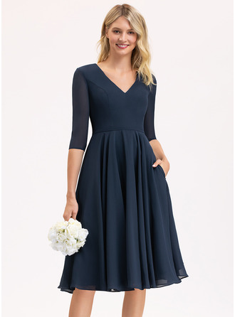 V-Neck 1/2 Sleeves Midi Dresses