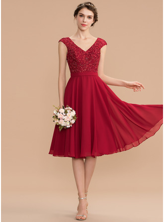 V-neck Knee-Length Chiffon Lace Prom Dresses With Beading