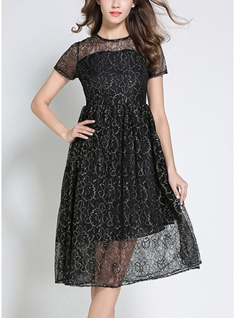 Lace With Lace/Embroidery/Crumple/See-through Look Knee Length Dress