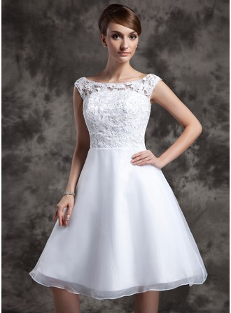 Scoop Neck Knee-Length Organza Lace Wedding Dress