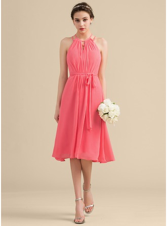 Scoop Neck Knee-Length Chiffon Bridesmaid Dress With Ruffle Bow(s)