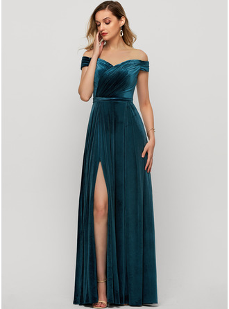 Off-the-Shoulder Floor-Length Velvet Evening Dress With Split Front