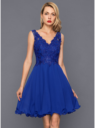 A-Line/Princess V-neck Knee-Length Chiffon Cocktail Dress With Sequins