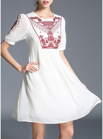 Chiffon With Embroidery/Crumple Knee Length Dress