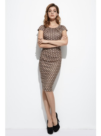 Sheath/Column Scoop Neck Knee-Length Polyester Cocktail Dress