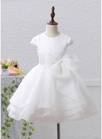 A-Line/Princess Knee-length Flower Girl Dress - Organza Satin Sleeveless Scoop Neck With Beading Bow(s)