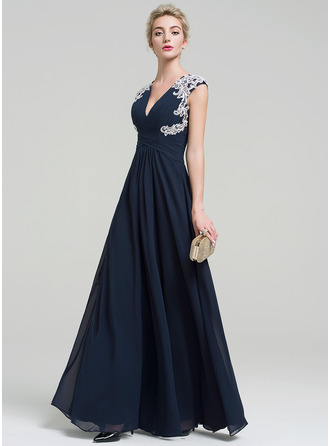 A-Line V-neck Floor-Length Chiffon Evening Dress With Appliques Lace