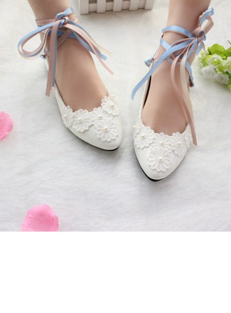Women's Patent Leather Flat Heel Closed Toe Flats With Lace-up Applique