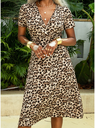 Leopard V-Neck Short Sleeves Midi Dresses