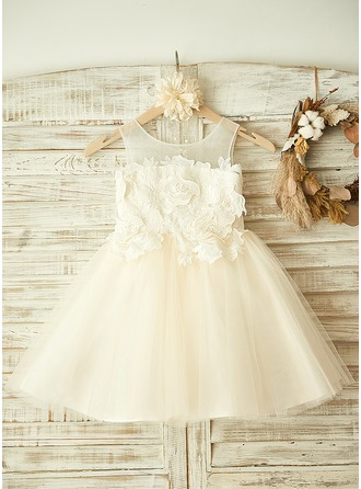 A-Line/Princess Knee-length Flower Girl Dress - Tulle Sleeveless Scoop Neck With Appliques