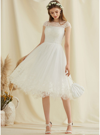 Scoop Neck Knee-Length Tulle Lace Wedding Dress With Sequins